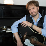 Rolf Luginbuehl - Mundart Singer Songwriter